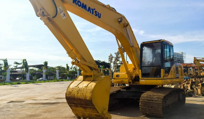 Komatsu PC200-7 Hydraulic Excavator full